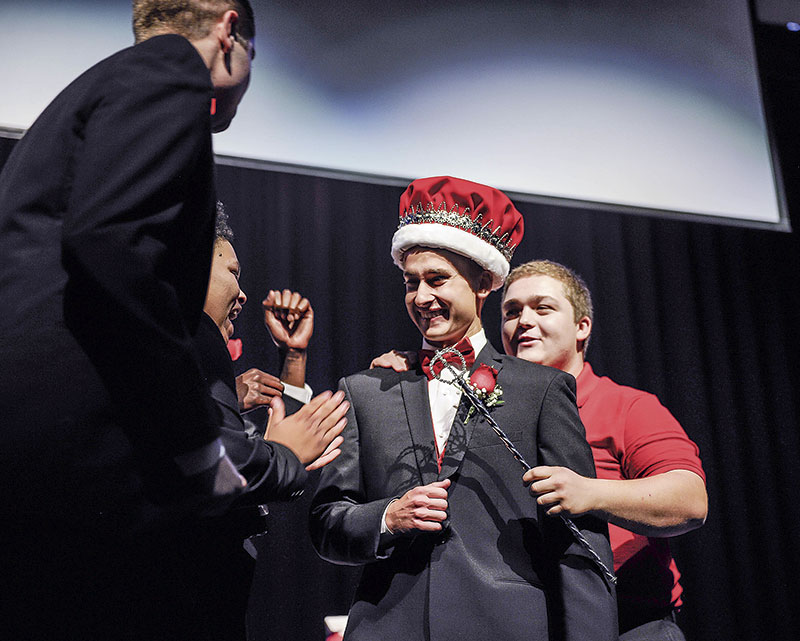 Isaac Arnold is crowned Austin High School Homecoming King.